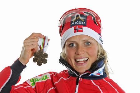 Терезе Йохёуг  — норвежская лыжница